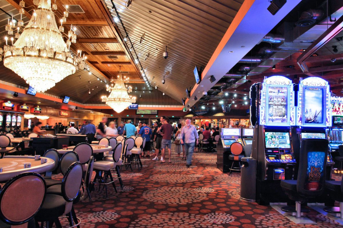 Image of a casino floor © Tupungato | Dreamstime.com