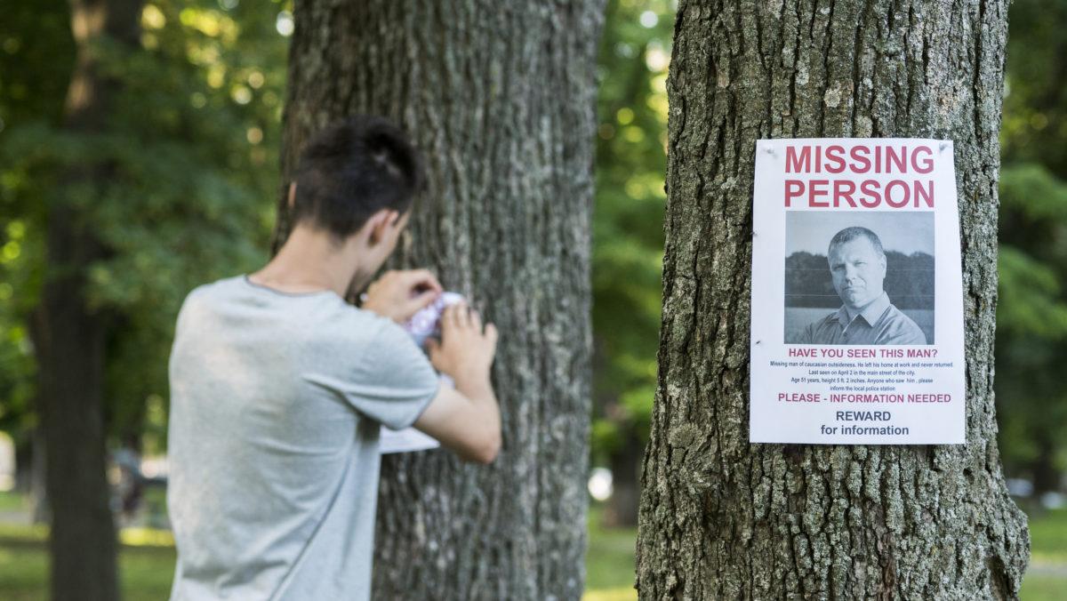 Missing person poster © Vitaliy Nazarenko | Dreamstime.com