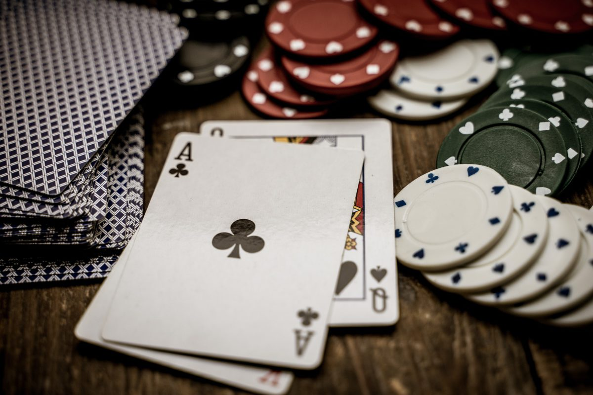 Representative photo of cards and poker chips | Image by Thorsten Frenzel from Pixabay